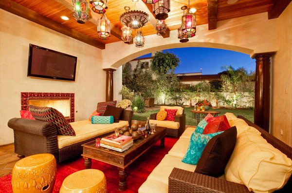 15 Outstanding Moroccan Living Room Designs | Home Design Lov