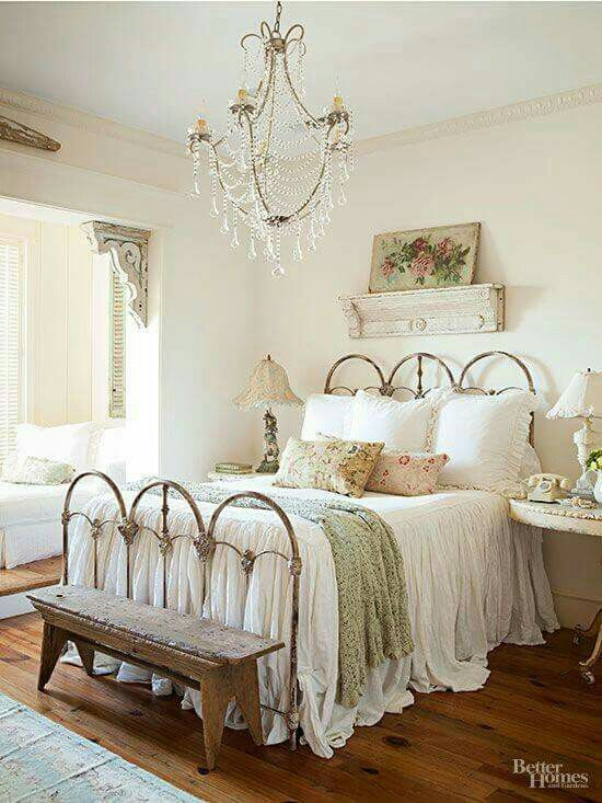 Master bedroom cottage shabby chic (With images) | Shabby chic .