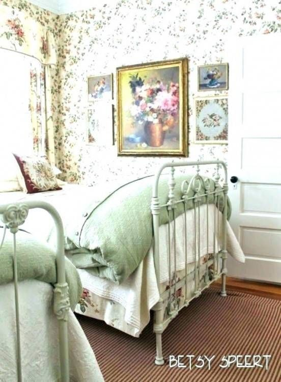 Decorating Ideas For Small Cottage Bedrooms | Chic bedroom .