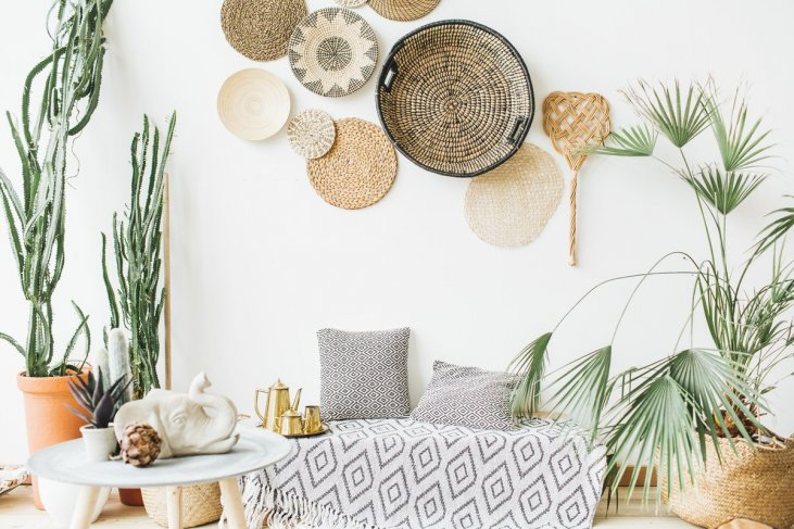 6 Wall Decor Ideas To Upgrade Your Apartment - PPM Apartmen