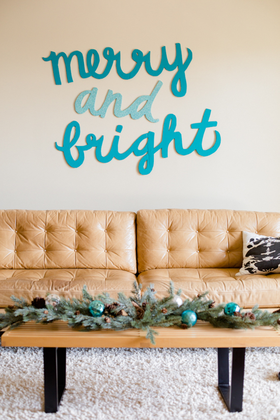 Make This: Merry & Bright Holiday Wall Art DIY - Paper and Stit