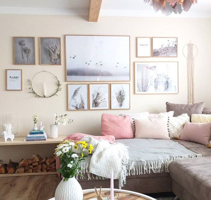 How to Decorate a Large Wall in the Living room like a Pro: 9 best .