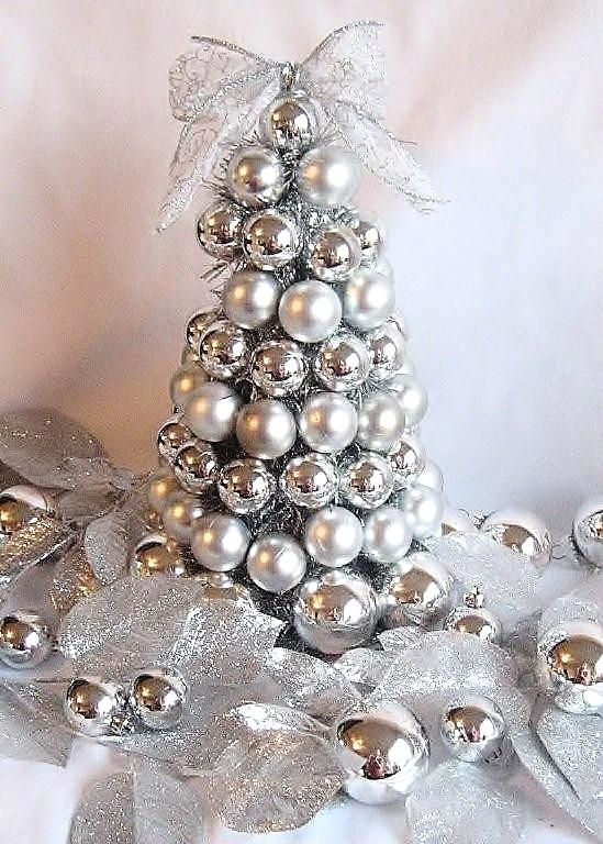 Top Silver And White Christmas Decoration Ideas - Christmas .