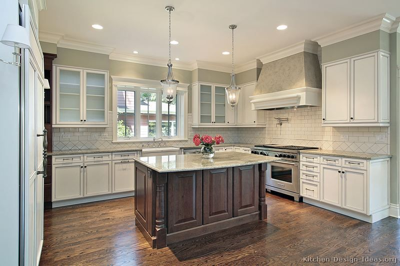 Pictures of Kitchens - Traditional - Two-Tone Kitchen Cabinets .