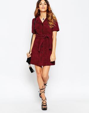 Burgundy shirt with belt and black strappy heels