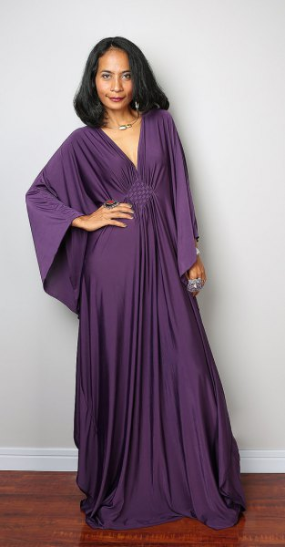 Bat wide-sleeved purple dress