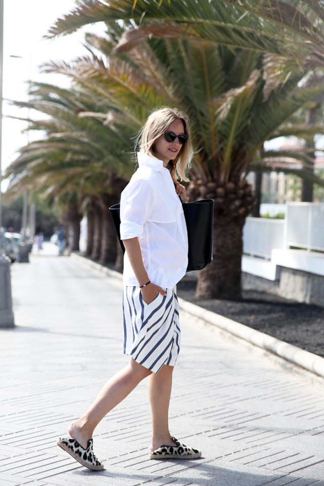 Bermuda shorts stripes
