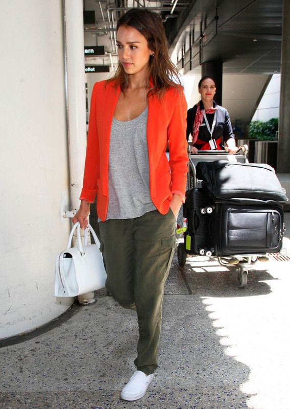 best blazer with gray t-shirt with scoop neck and green cargo pants