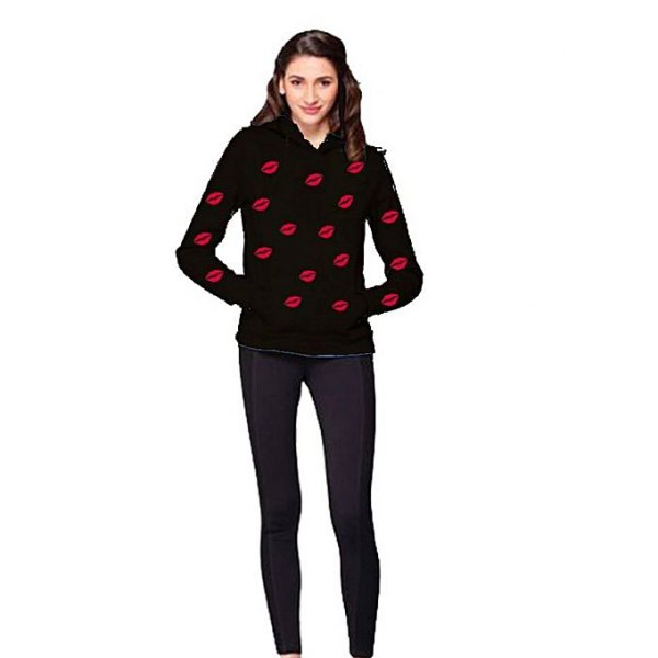 black and red graphic sweater with dark blue skinny jeans