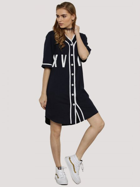 Black and white shirt dress with half sleeves and buttons