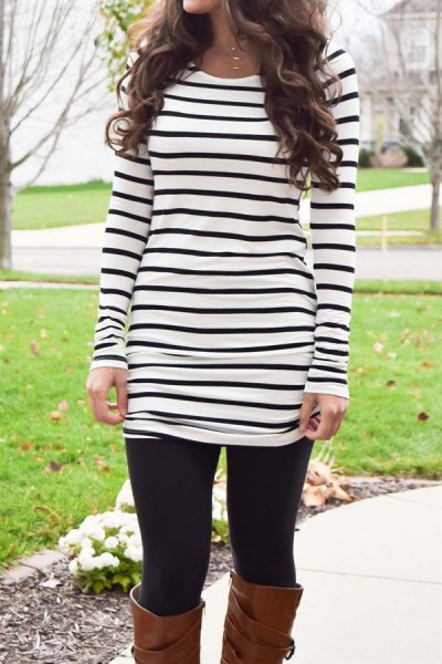 black and white striped long-sleeved tunic T-shirt with leggings