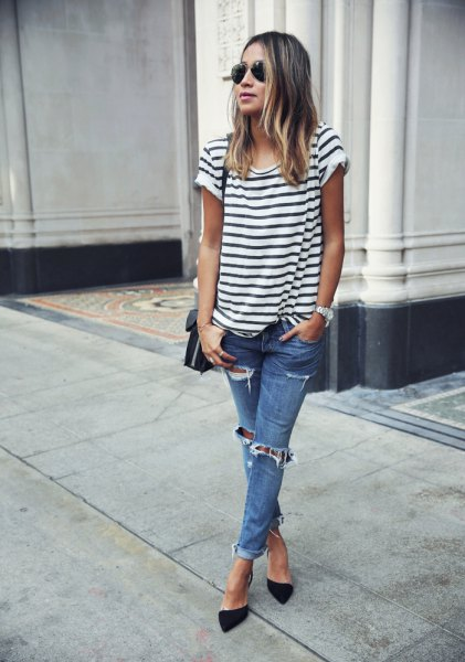 black and white striped short-sleeved T-shirt with blue jeans and heels