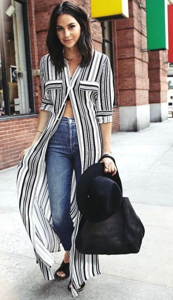 vertically striped maxi shift dress in black and white with skinny jeans