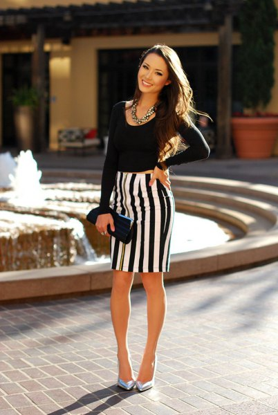 vertical striped pencil skirt in black and white