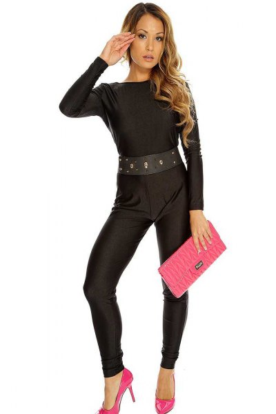 black overall with belt, pink heels