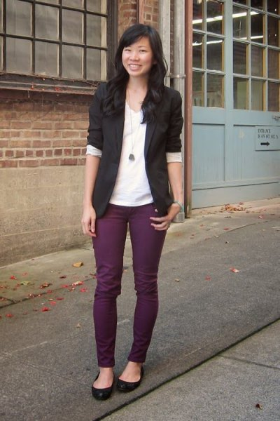 black blazer with purple skinny jeans and ballerinas