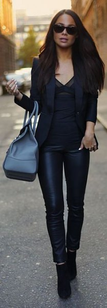 black blazer with blouse with V-neck and leather gaiters