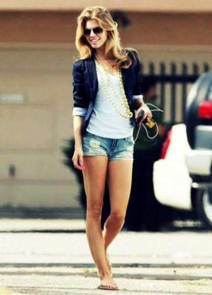 black blazer with white tank top with scoop neckline and denim mini summer shorts