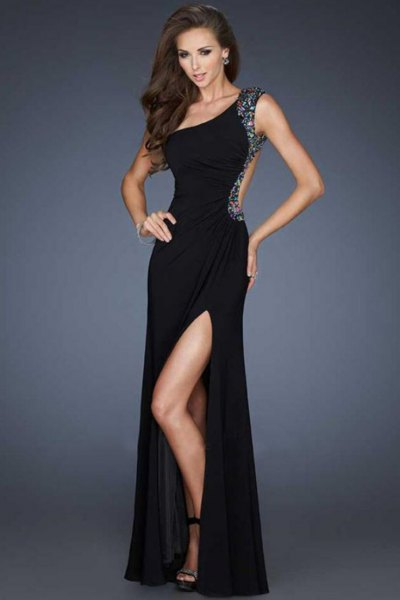 black, figure-hugging, tear-free dress with high division
