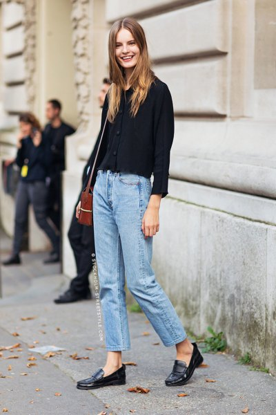 black shirt with buttons with light blue mom jeans and casual slippers
