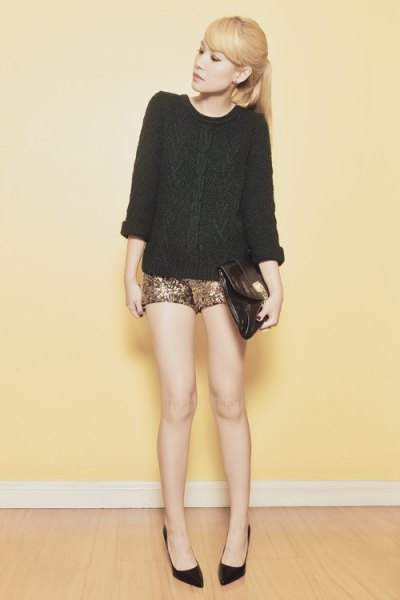 black, coarsely knitted sweater