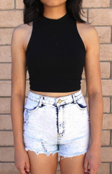 black harvest tank with skinny jeans washed in light blue