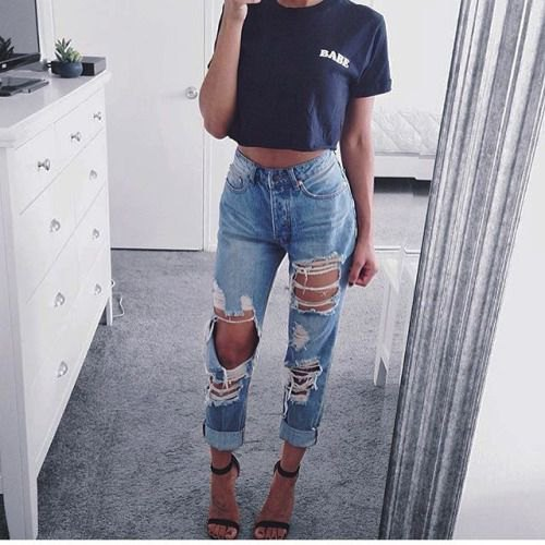 black short graphic t-shirt with destroyed boyfriend jeans with cuff