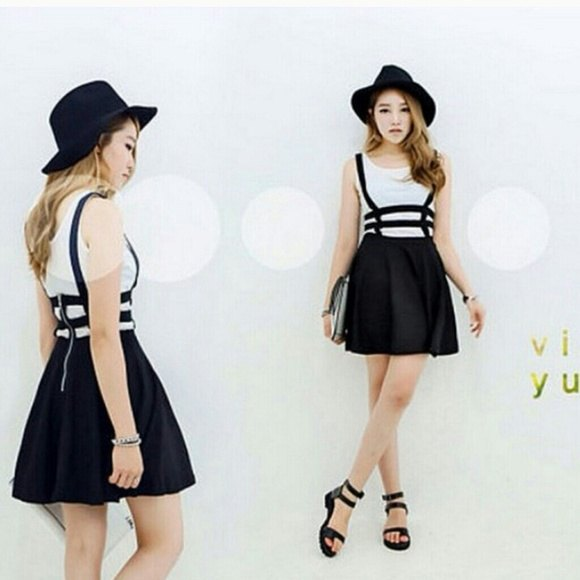 black felt hat with strappy mini skirt and sandals