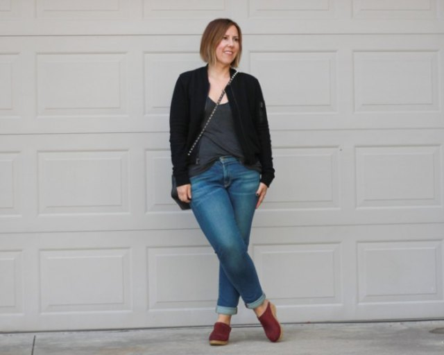 Black fleece bomber jacket jeans with cuffs