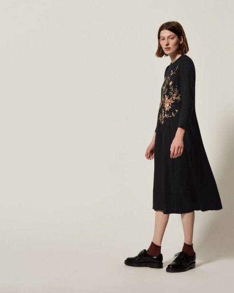 black floral midi swing dress oxford shoes
