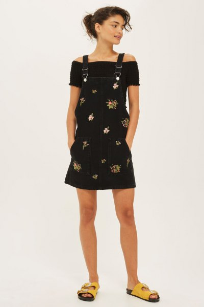 black flowery pinafore dress without shoulder top