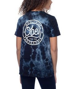 black graphic tie-dye t-shirt with dark skinny jeans