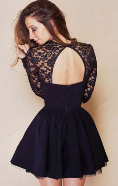 Skater dress made of black lace and chiffon with an open back