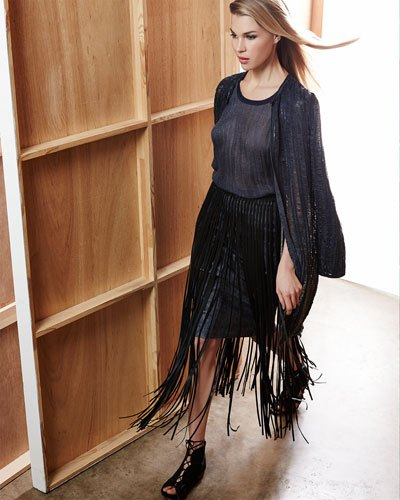 black long knitted belt made of cardigan leather