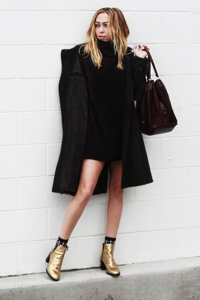 black long coat gold boots