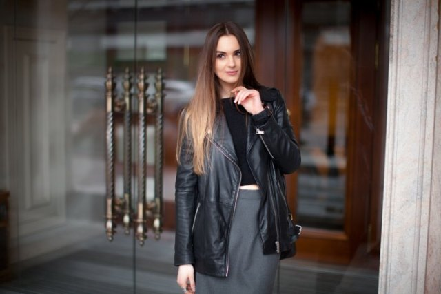 black long leather jacket cropped t-shirt pencil skirt