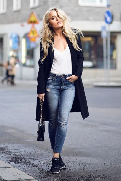 black longline blazer with black ribbed sweater with deep V-neck