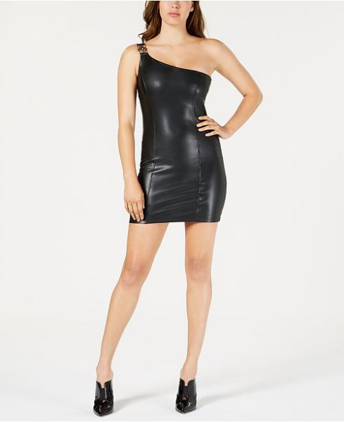 black, strapless, figure-hugging mini dress made of synthetic leather