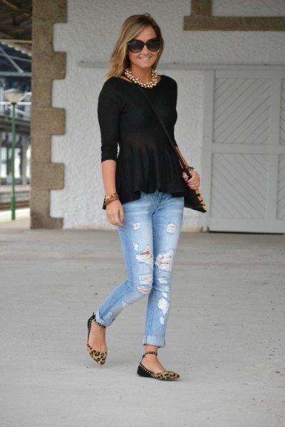 black peplum top with boyfriend jeans and flats with leopard print
