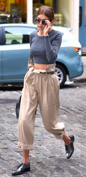 black pointed toe leather shoes beige pants