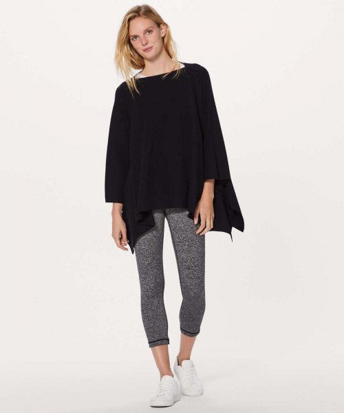 gray running pants made of black poncho heather