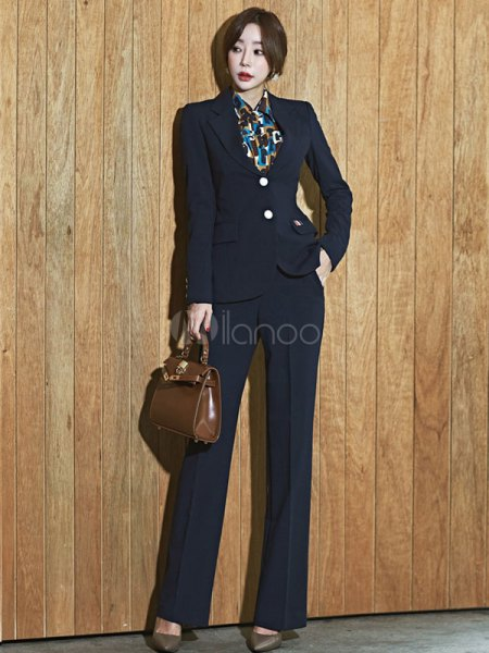 black slim fit blazer with matching wide-leg trousers and printed shirt