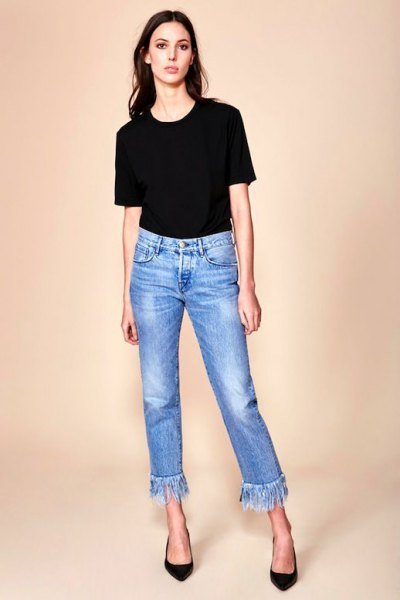 black t-shirt with short jeans with blue fringes