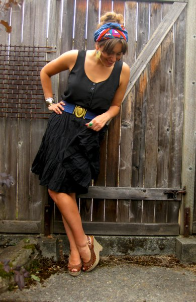 black tank dress with brown heeled open toe shoes