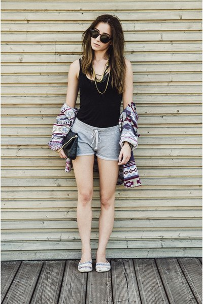 black tank top with cardigan with tribal print and gray cotton mini shorts