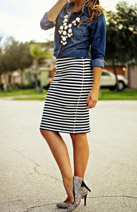 Wear It For Less: OUTFIT INSPIRATION: STRIPES | Striped pencil .