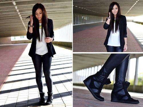 Blazer jacket with white chiffon T-shirt and black leather platform sneakers