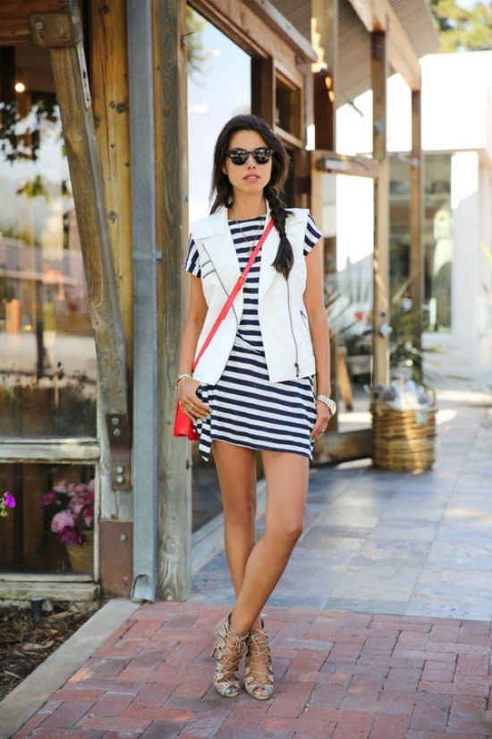 15 Best Outfits on How to Wear Striped Dress