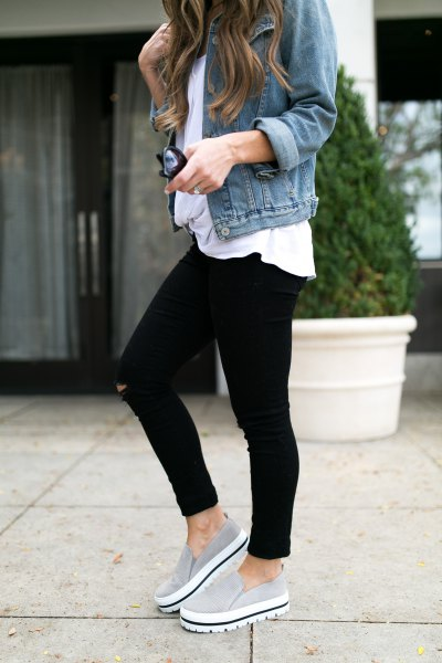 blue denim jacket with white t-shirt with relaxed fit and gray canvas platform sneakers