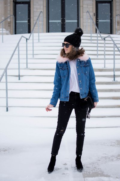 blue denim jacket with white T-shirt and black skinny jeans